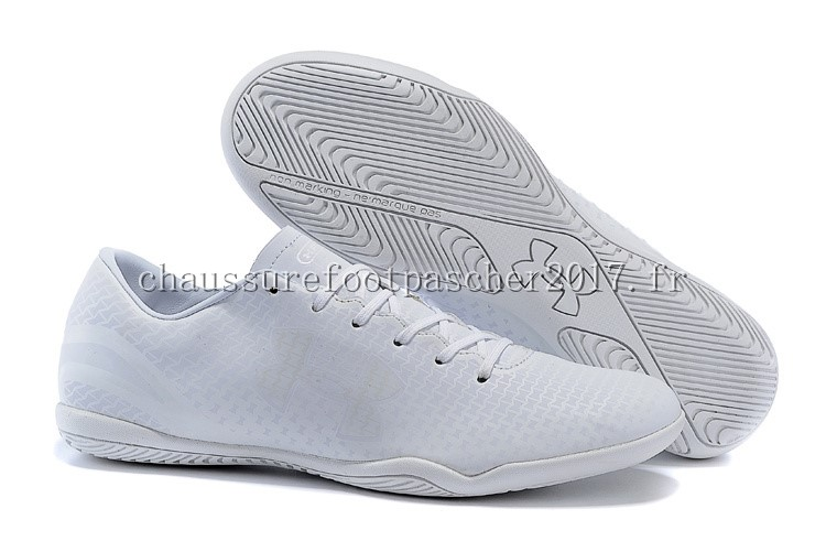 Under Armour Chaussure De Foot Clutchfit Force INIC Blanc