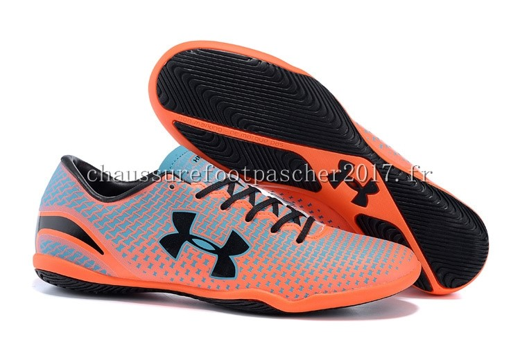 Under Armour Chaussure De Foot Clutchfit Force INIC Noir Gris Rouge