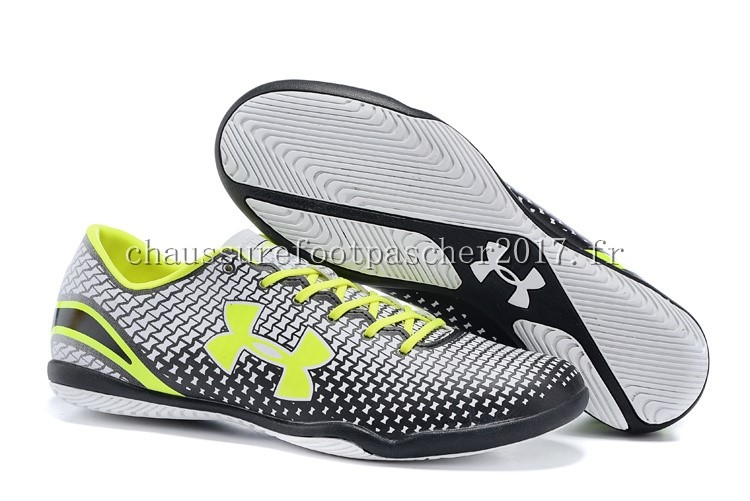 Under Armour Chaussure De Foot Clutchfit Force INIC Vert Fluorescent Noir Blanc