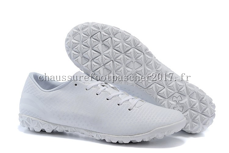 Under Armour Chaussure De Foot Clutchfit Force TF Blanc