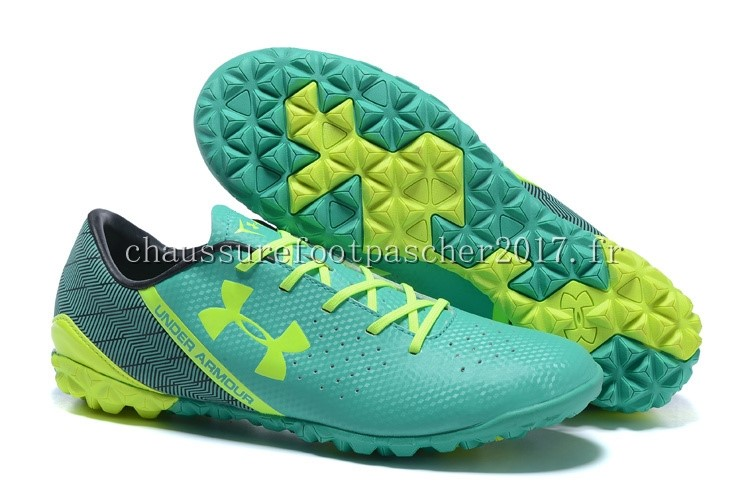 Under Armour Chaussure De Foot Clutchfit Force TF Noir Vert Vert Fluorescent